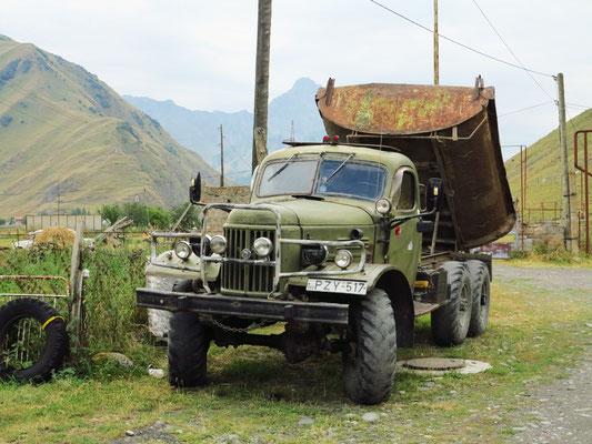Lastwagen aus der Sowjetzeit