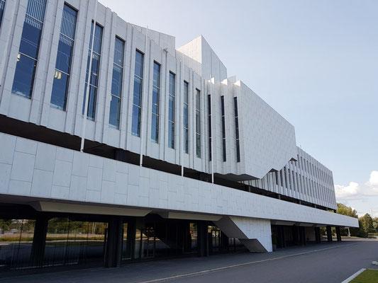 Konzert- und Kongressgebäude Finlandia-Halle, mit weißem Carrara-Marmor verkleidet