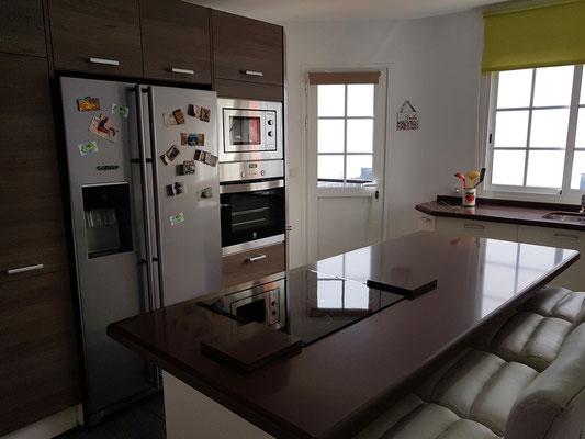 Moderne Küche im Keka's Guesthouse