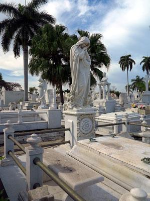 Friedhof Santa Ifigenia