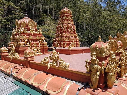 Hindutempel Aadishakti Seeta Amman. Es wird vermutet, dass an diesem Ort Sita von (Vikram) König Ravana gefangen gehalten wurde.