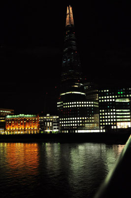 The Shard bei Nacht