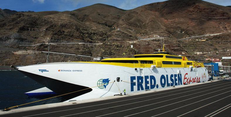 Ankunft mit der Schnellfähre in Puerto de la Estaca