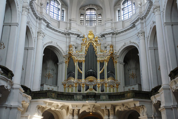 Katholische Hofkirche (10.3.2008)