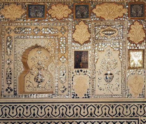 Dekoration an der Wand von Diwan-i Khas