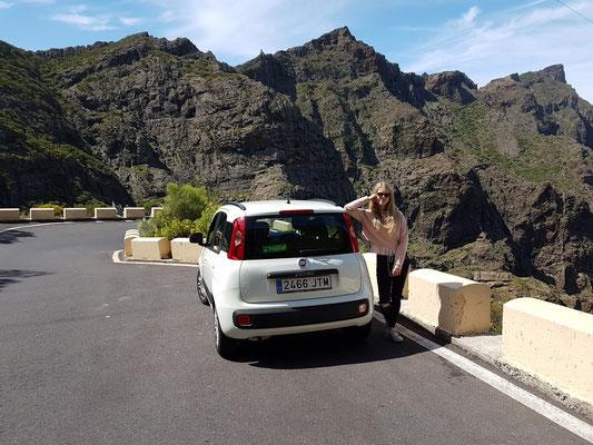 Auf der Straße TF-436 von Santiago del Teide nach Masca
