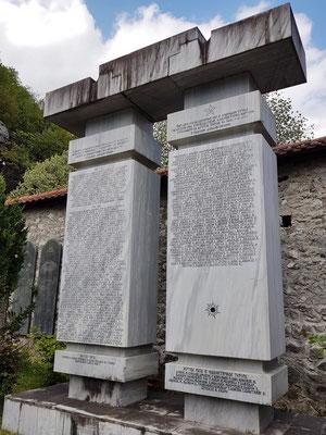 Gedenksteine für die Toten der Kriege 1875-1880, 1912-1918, 1941-1945