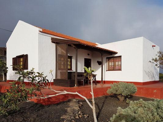 El Lucero, Gartenseite mit Terrasse
