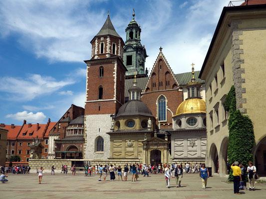 Wawel-Kathedrale, Sigismundkapelle mit goldener Kuppel von 1533, schönste Renaissance-Kapelle außerhalb Italiens