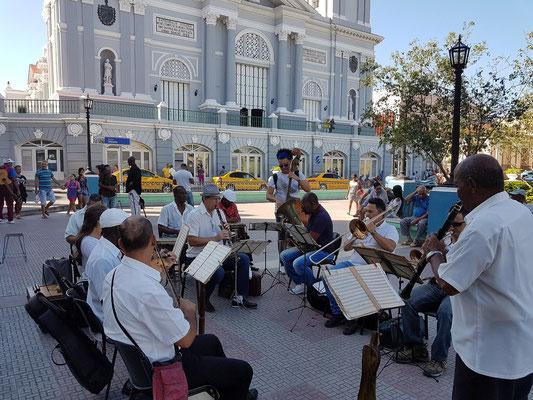 Parque Céspedes, Musikkapelle bei der Probe