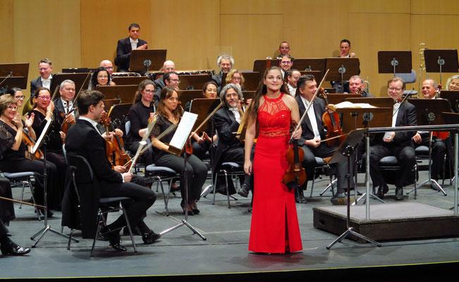 Applaus für Alexandra Soumm, Violine