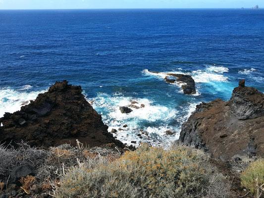 Steilküste bei Charco Azul