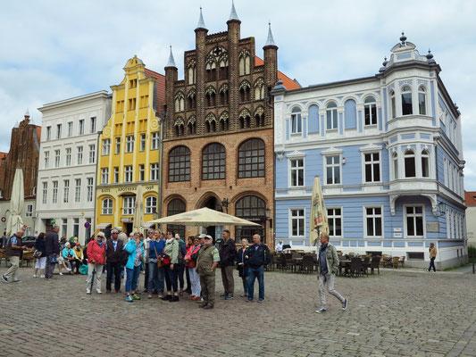 Stralsund. Alter Markt (Nordseite)