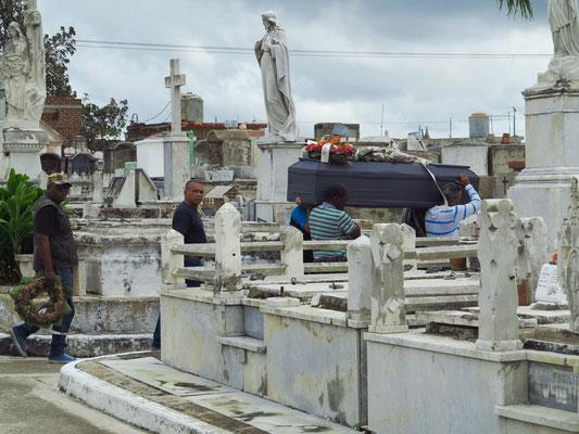 Camagüey, Begräbnis auf dem Friedhof