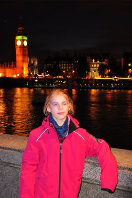 Ricarda an der Themse, Blick auf Big Ben