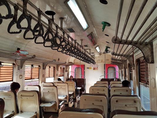 Im Expresszug von Galle nach Aluthgama (Strecke Matara-Colombo)