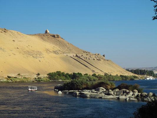 Ausflug mit dem Motorboot zum Nubischen Dorf Gharb Seheil