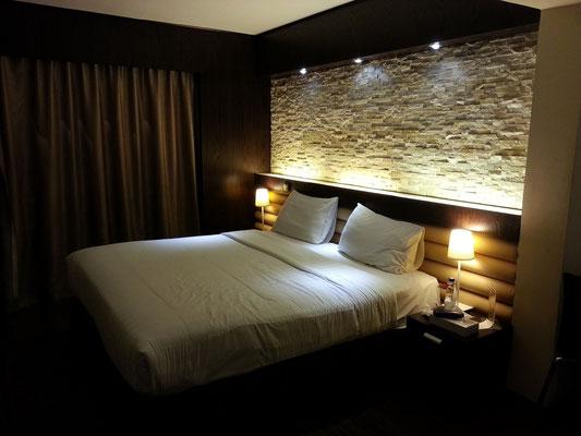 Die letzte Nacht im Mark Inn Hotel, Deira