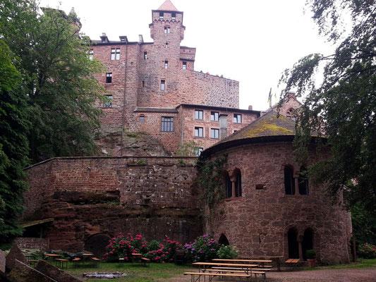 Burg Berwartstein, Blick auf den Hauptgebäudekomplex