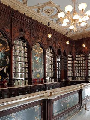 Museo de la Farmacia Habanera La Reunión, 41 Teniente Rey