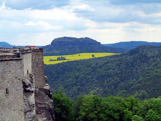 Blick von der Festung Königstein zum Pfaffenstein