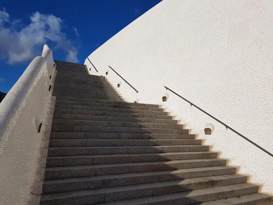 Auditorio de Tenerife Adán Martín, seitlicher freier Treppenaufgang