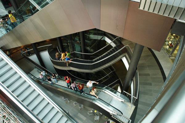 Leipzig, Einkaufszentrum Petersbogen (2.9.2006)