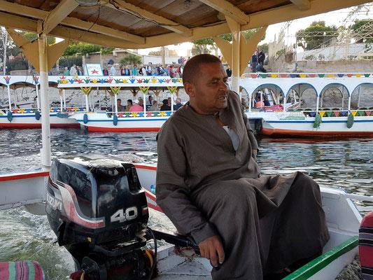Mit dem Motorboot über den Nil nach Theben-West