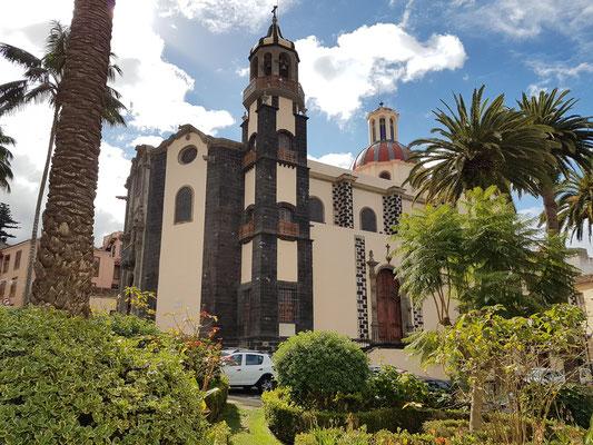 Nordfassade, Gesamtansicht der Kirche Nuestra Señora de la Concepción