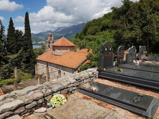 Friedhof und Kirche der Klosteranlage Praskvica