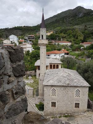 Stari Bar. Moschee Škanjevića Džamija, Blick von der Festung