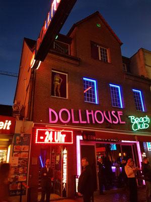 Nacht- und Stripclub Dollhouse, der bekannteste Club der Hansestadt Hamburg