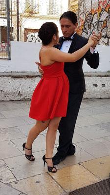 Tango in der Altstadt von Valencia