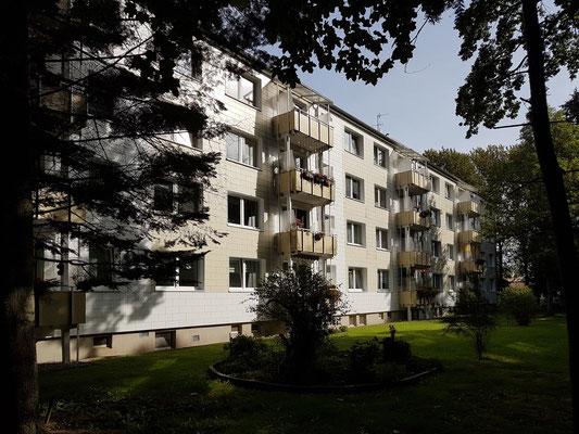 Neetzow, Gartenansicht des Mietshauses