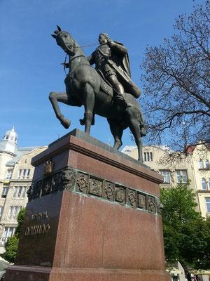 König Danylo von Galizien ist der Begründer der Stadt und der bedeutendste Fürst auf dem Territorium des ehemaligen Kyjiwer Rußes zu Zeiten der Mongolenherrschaft im 13. Jh., Denkmal von 2001