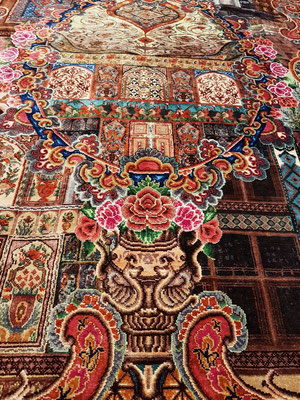 Seidenteppich in einem Teppichgeschäft in Sheki