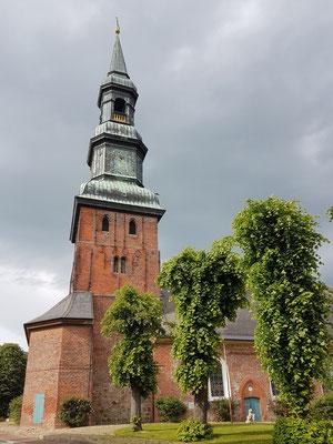 St. Laurentius, Blick vom Markt