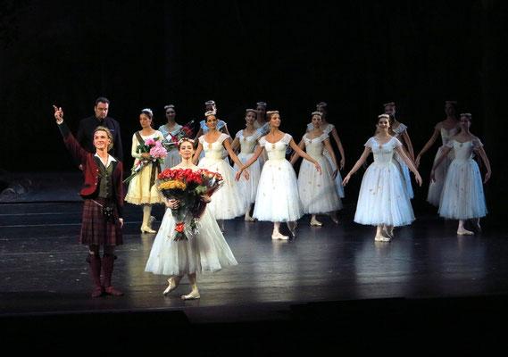 Applaus für La Sylphide: für Ekaterina Krysanova und Dmitry Gudanov (Sylphide und James)