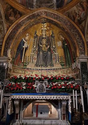 """Napoli, Cattedrale di San Gennaro. Apsismosaik """"Madonna mit Kind, San Gennaro und Santa Restituta"""" von Lello da Orvieto, 1322, Basilica di Santa Restituta"""