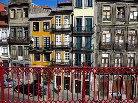 Rua de Mouzinho da Silveira