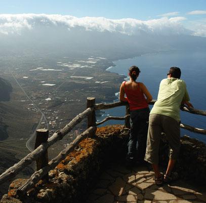 Aussicht vom Mirador de la Peña auf El Golfo