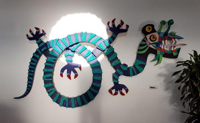 Skulptur der Hierro-Rieseneidechse von César Manrique im Restaurant Mirador de la Peña