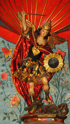 Heiliger Michael aus Terracotta in der Iglesia de la Asunción, sevillanische Schule des 18. Jh.