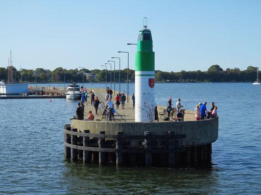 Nordmole, Hafeneinfahrt nach Stralsund