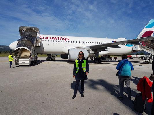 Ankunft mit der Eurowings A 320 auf dem Flughafen Tivat