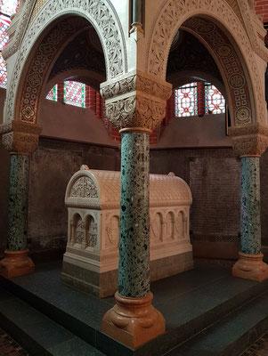Grabmal Herzog Johann Albrecht II. und seiner Frau Elisabeth, nach byzantinischen Vorbildern errichtet