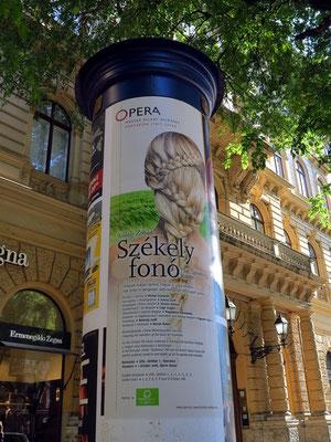 Ankündigung des Singspiels Székely fonó (Die Spinnstube) von Zoltán Kodály