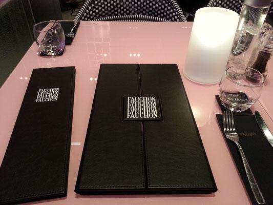 Speise- und Getränkekarte im Restaurant FAUCHON