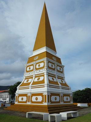 Grünanlage des um die Mitte des 20. Jahrhunderts zu Ehren des Königs Dom Pedro IV errichteten Obelisken Alto da Memória