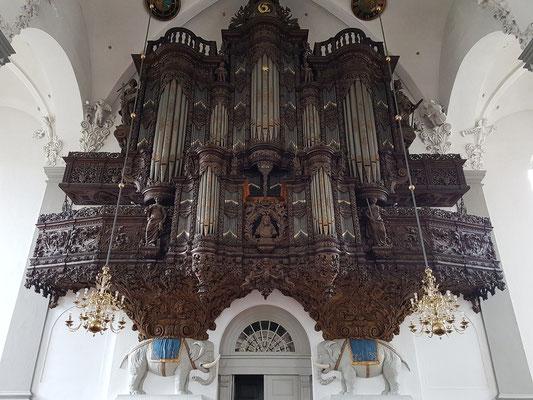 Baroke Erlöserkirche (Vor Frelsers Kirke), Orgel (1698-1700)